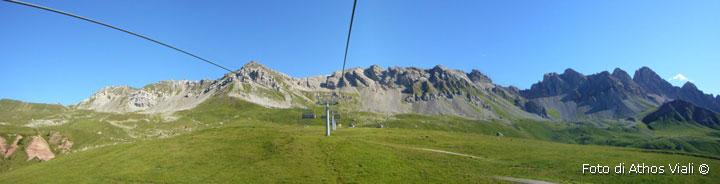 Panorama della cresta Costabella al mattino