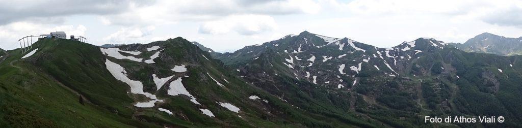 Panorama dalla croce del monte Gomitom